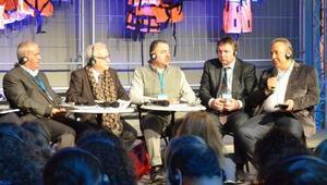 Başkan Tosun, Viyanadaki panelde konuştu