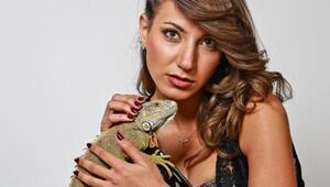 Mankenler iguanalarla poz verdi