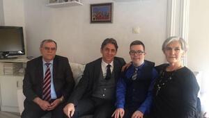 Müsteşar Yardımcısı Alpay, engelli aileleri ziyaret etti