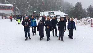 Vali Köse kayak merkezlerini denetledi