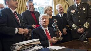 Donald Trump 12 şerifi Beyaz Saray'da ağırladı