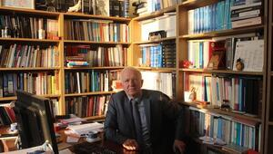 Anayasa Profesörü Kaboğlu da ihraç edildi