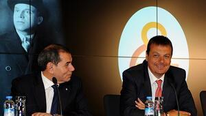 Galatasarayda iki hoca gün sayıyor