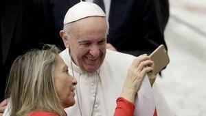 Papa: Kadınlar bu dünyaya bulaşık yıkamak için gelmedi
