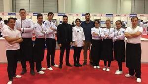 Üniversiteliler Mutfak Günleri Yarışmasında altın ve bronz madalya başarısı
