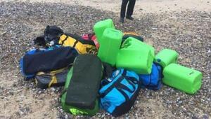 İngilterede 50 milyon sterlinlik kokain kıyıya vurdu