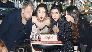 Selen Gögüzele sürpriz doğum günü