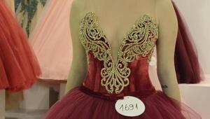 236bd812787b9 Denis's Moda firmasının kurucusu Engin Şentürk'ter, kur değerlendirmesi