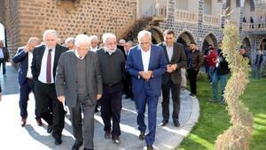 Zülfü Livaneli ve Diyalog Grubundan Ahmet Türke ziyaret