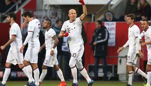 Bayern Münih 90da şampiyonluğa göz kırptı