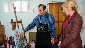 Şengül Yavuz, el sanatları ve resim kurslarını ziyaret etti