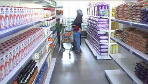 Bu banka başka.. Burada her ay yaklaşık bin aileye gıda ve temizlik malzemesi veriliyor