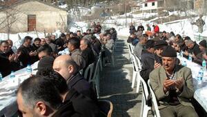 Adanaya defnedilen şehit için memleketinde mevlit okutuldu