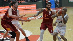 Banvit: 79 - Galatasaray Odeabank: 64