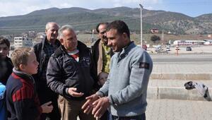 Elastik Suriyeli herkesi şaşırtıyor