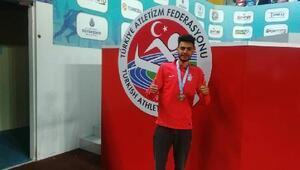Vanlı atlet Ömer Amaçtan Balkan ikincisi oldu