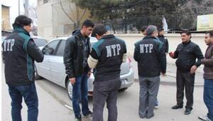 Gaziantepte,okul önlerinde uyuşturucu denetimi