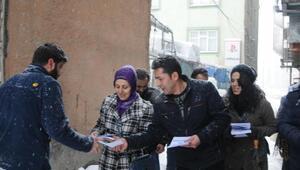 Hakkaride HDP ve DBP halk toplantısına çağrı yaptı