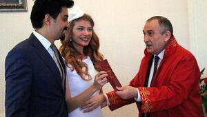 Boluda 9 çift 14 Şubatta evlendi
