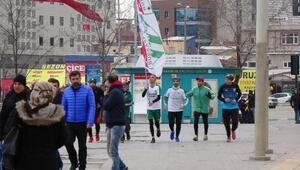 Bursasporlu taraftarlar Sevgililer Gününde Bursapor için koştu