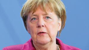 Merkel İsrail'e ziyareti iptal etti