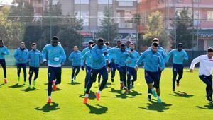 Aytemiz Alanyaspor Trabzonspor'a hazırlanıyor