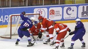 Buz hokeyinde Fransaya 10-0 yenildik