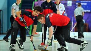 Curling erkeklerde Slovenya ve Norveç galip