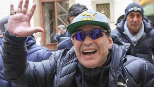 Diego Armando Maradonaya otelde baskın