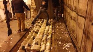 İpsala'da TIRda 298 kilo esrar ele geçirildi