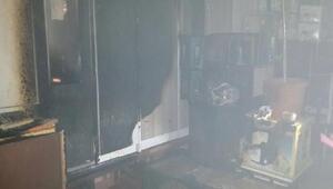 Mobilya dükkanında çıkan yangın korkuttu