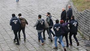 İstanbul Üniversitesinde gergin dakikalar Gözaltılar var