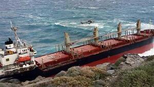 İzmire tahıl getiren yük gemisi, Midillide kayalıklara oturdu