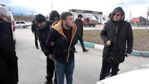 Kütahyada bıçaklı- tüfekli kavga: 4 gözaltı