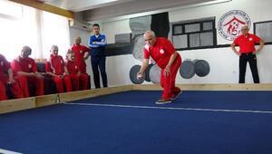 Huzurevlerinin 60 yaş üstü sporcuları Boccia şampiyonasına hazırlanıyor