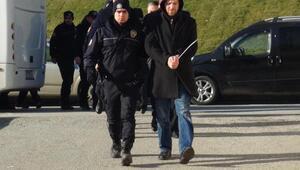 Sakarya Üniversitesinde Bylock kullanan 10 akademisyen gözaltında