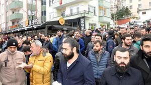 Trabzonda işyeri sahiplerinden sigara yasağına tepki eylemi