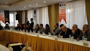 Eski Kültür Bakanı Ertuğrul Günay Diyarbakırda