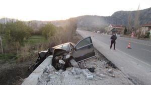 Kaza yapan alkollü sürücü ağır yaralandı