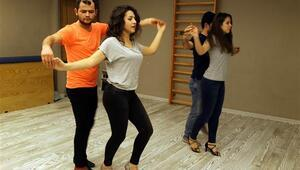 Vanda tango ve salsa rüzgarı