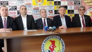 MHPli Öztürk: Referandumdan ne sonuç çıkarsa çıksın baş tacımızdır