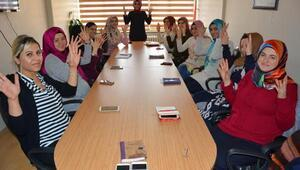 112 Dinlemede' projesinde, İşaret dili eğitimleri başladı