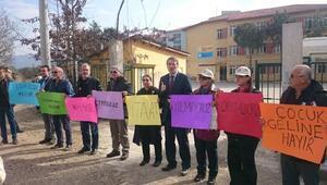 CHP'li İrgil'den İznik'te eylem yapan kadınlara destek