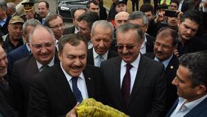 Bakan Eroğlu: CHPli kardeşlerimizi evet vermeleri için ikna edeceğiz (2)