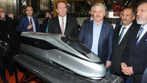 Bakan Arslan: Yüksek Hızlı Treni bizzat kendimiz yapacağız