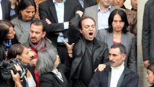 HDPli Baydemire, polislere hakaretten 3 yıla kadar hapis istemi
