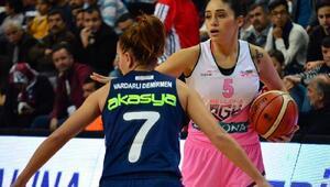 Bellona AGÜ Spor'da galibiyet sevinci