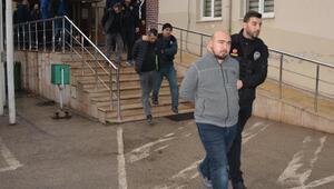 Bursada uyuşturucu tacirlerine şafak baskını: 12 gözaltı