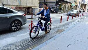 İzmirde pedal devrimi