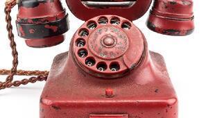 Adolf Hitlerin kullandığı telefon 243 bin dolara satıldı
